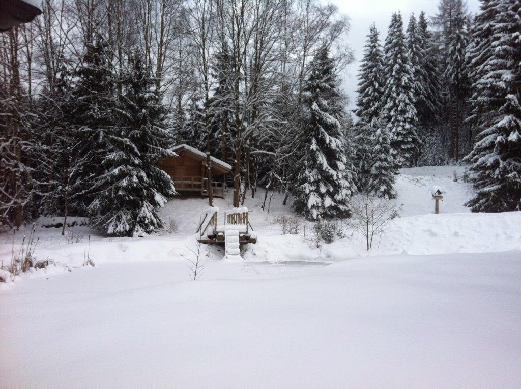 nordic-camp-sauna-winter